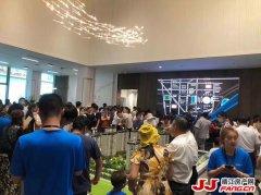 第一现场:靖江龙信御园售楼处正式开放 人气爆棚!